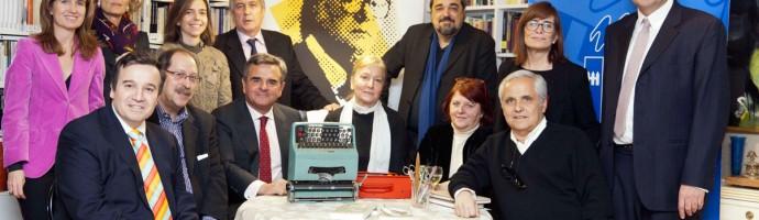 El Jurado en casa de España Suarez Viuda de Umbral y Presidenta de la Fundación.