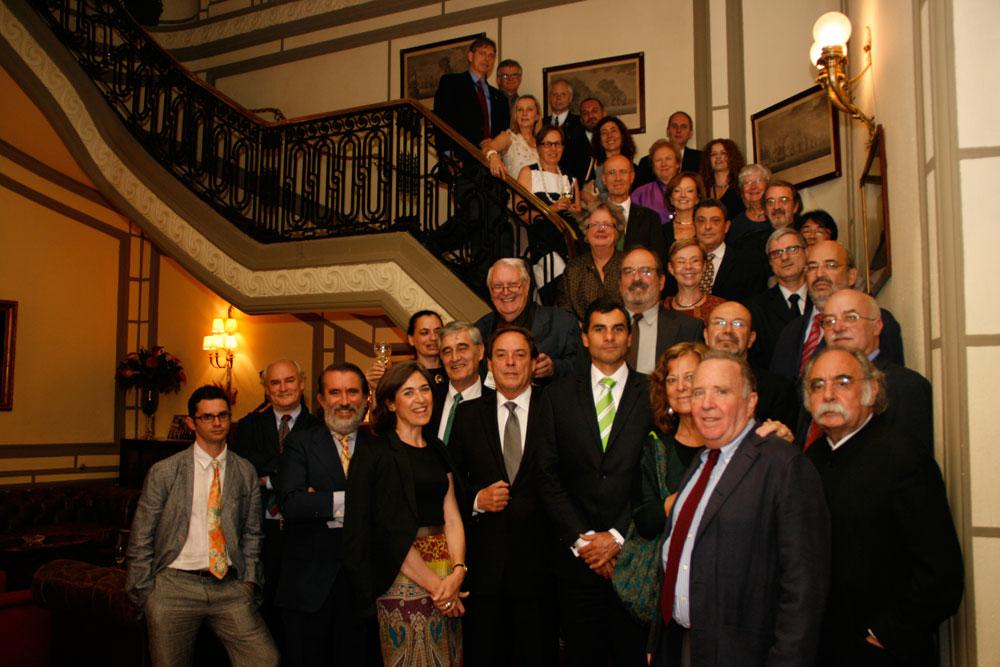 El comité científico del S20 de ICOMOS en la cena de inauguración en el Nuevo Club de Madrid con  Juan Miguel Hernández de Miguel Presidente de la Conferencia Internacional, el catedrático Carlos San Bricio y Fernando Espinosa de los Monteros Vicepresidente del Comité científico de ICOMOS s20